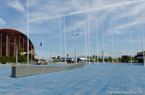 Banc lumineux CERN - La Manufacture des Bétons
