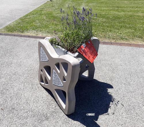 Jardinière Odyssée, Projet VICAT, Réalisée par La Manufacture des Bétons